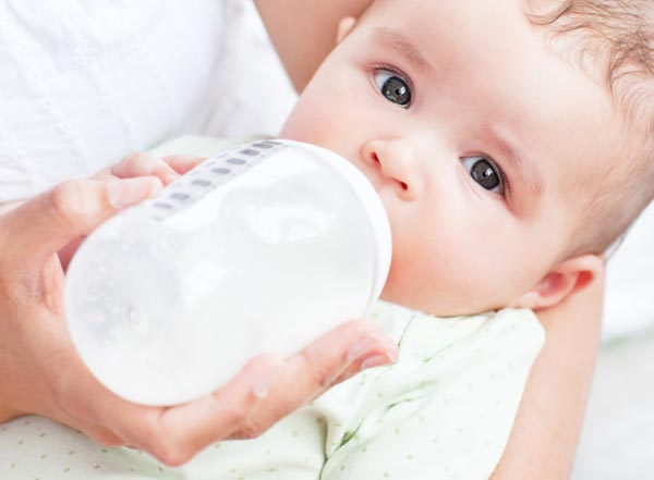 The Basics Of Bottle Feeding